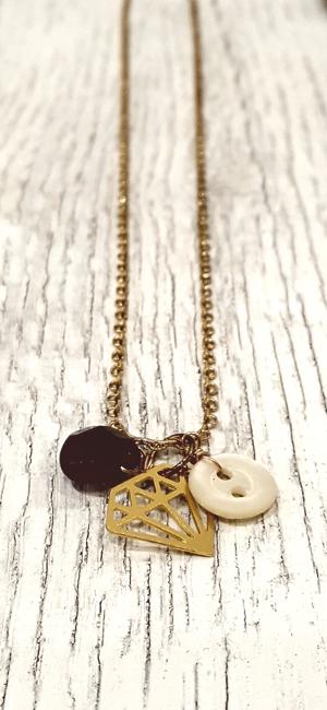 Amethyst, diamond, button necklace